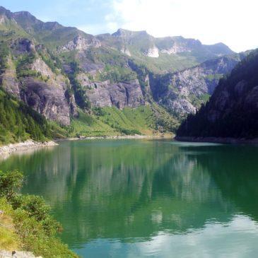 """Via """"Specchio delle mie brame"""" al lago d'Agaro"""