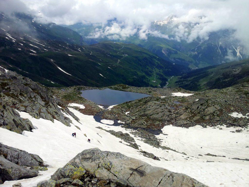 Siamo quasi a valle.Panoramica dall'alto del lago di Bergseeli, il primo che abbiamo incontrato stamattina