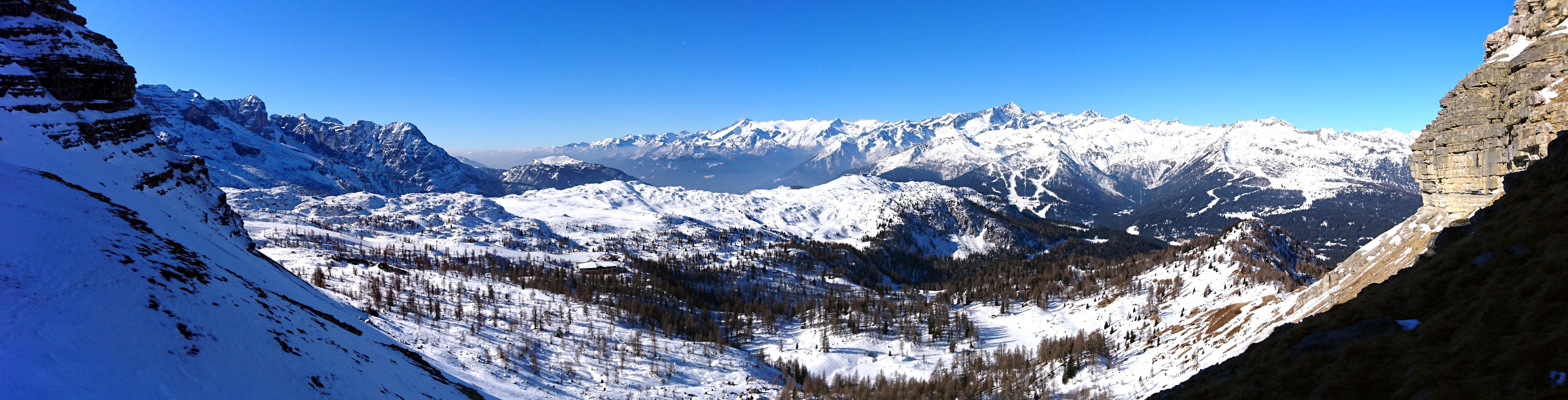 Panorama verso valle al termine della prima rimonta