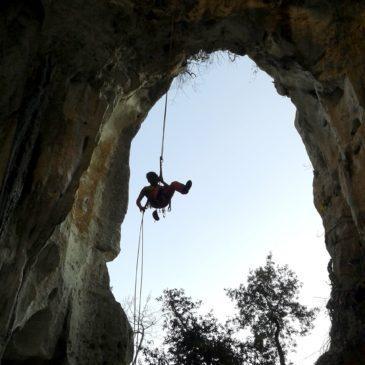 Zingarata e arrampicata a Finale Ligure