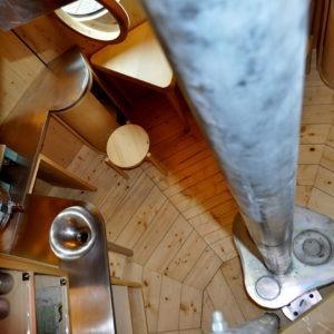 la stufa centrale vista dal soppalco
