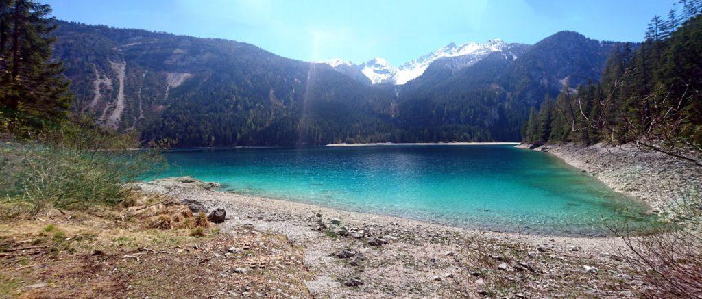 Vista panoramica del lago di Tovel