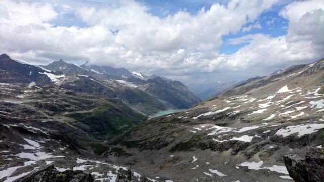 Vista dalla nostra cima del lago di Mattmark, sul versante svizzero