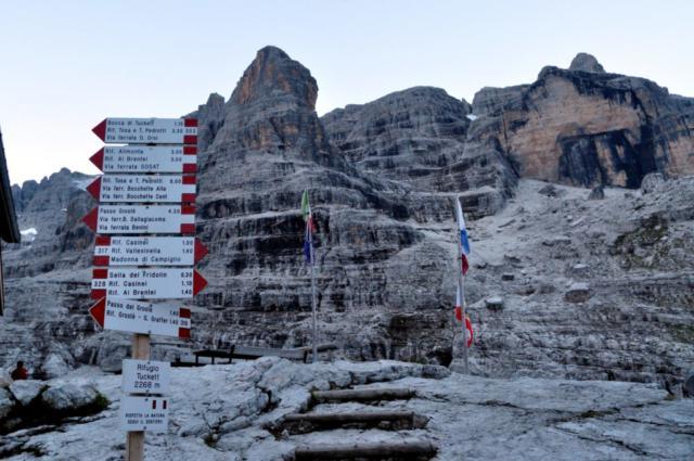 oggi il cielo è decisamente più terso: Dolomiti in tutto il loro splendore