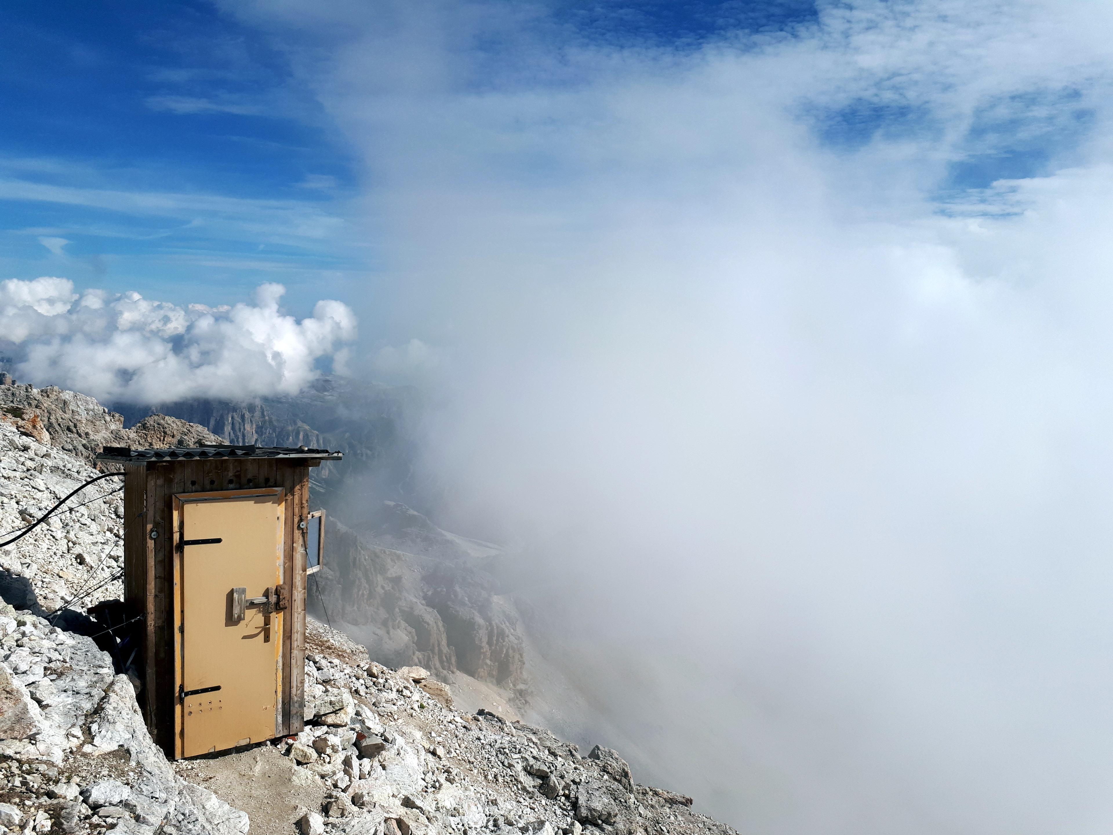 wc alpinistico in tutto il suo splendore