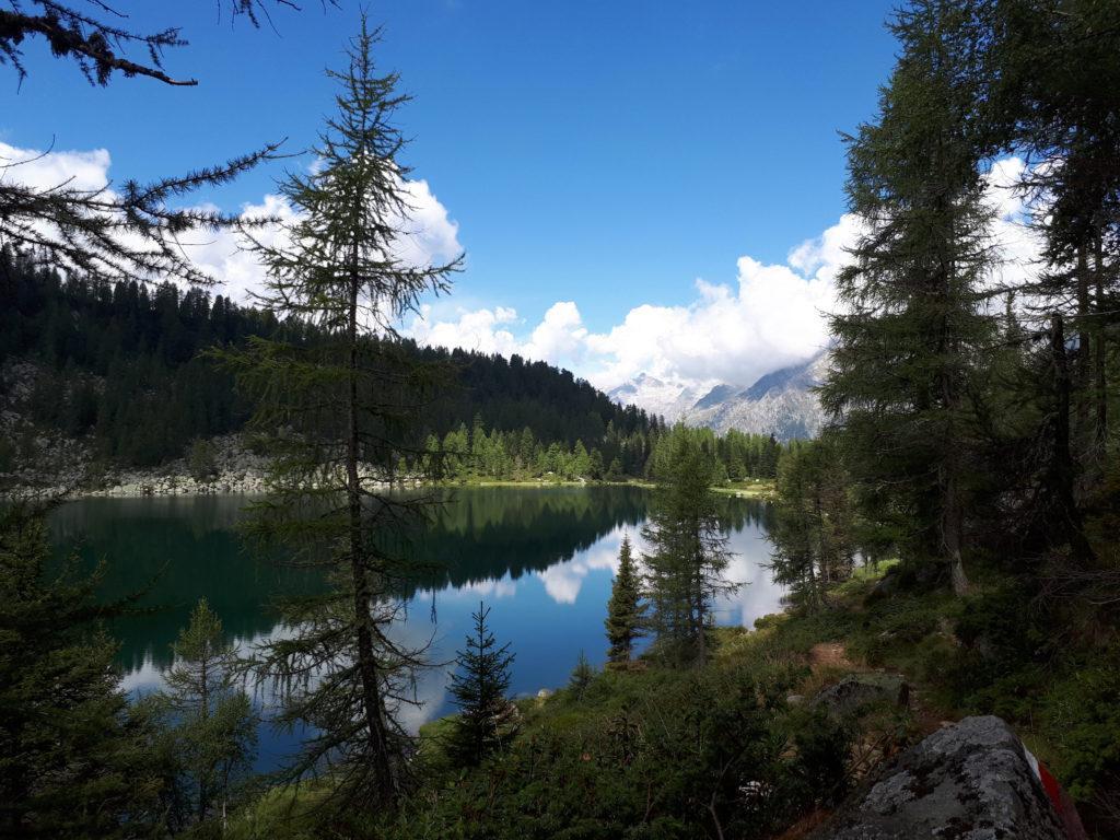 Scorcio del lago di Garzoné