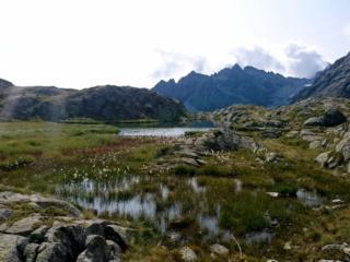 i laghi del Mandron: pezzi di cielo intrappolati tra le rocce