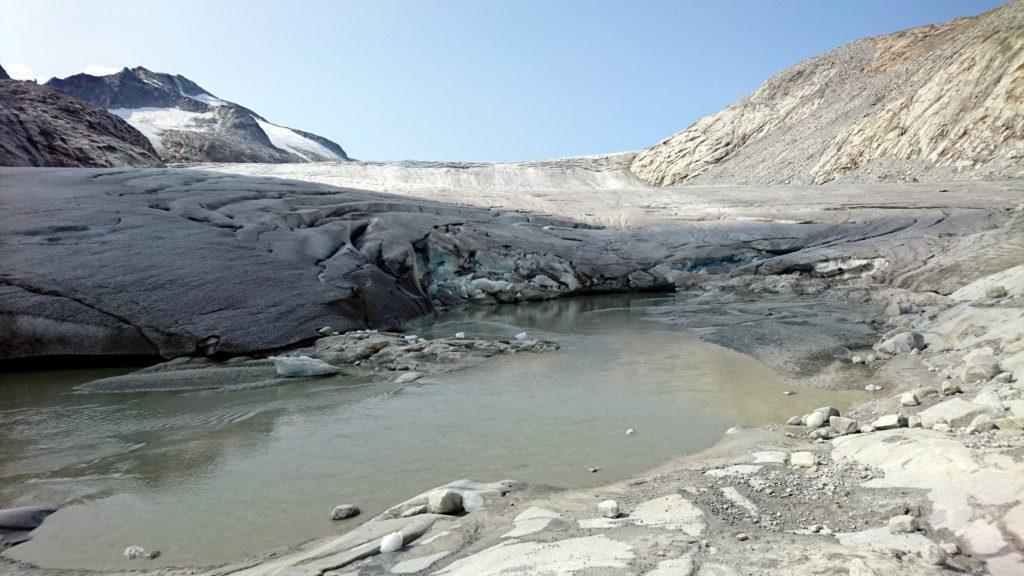 il punto in cui il ghiaccio finisce e comincia la roccia: purtroppo sempre più vicino