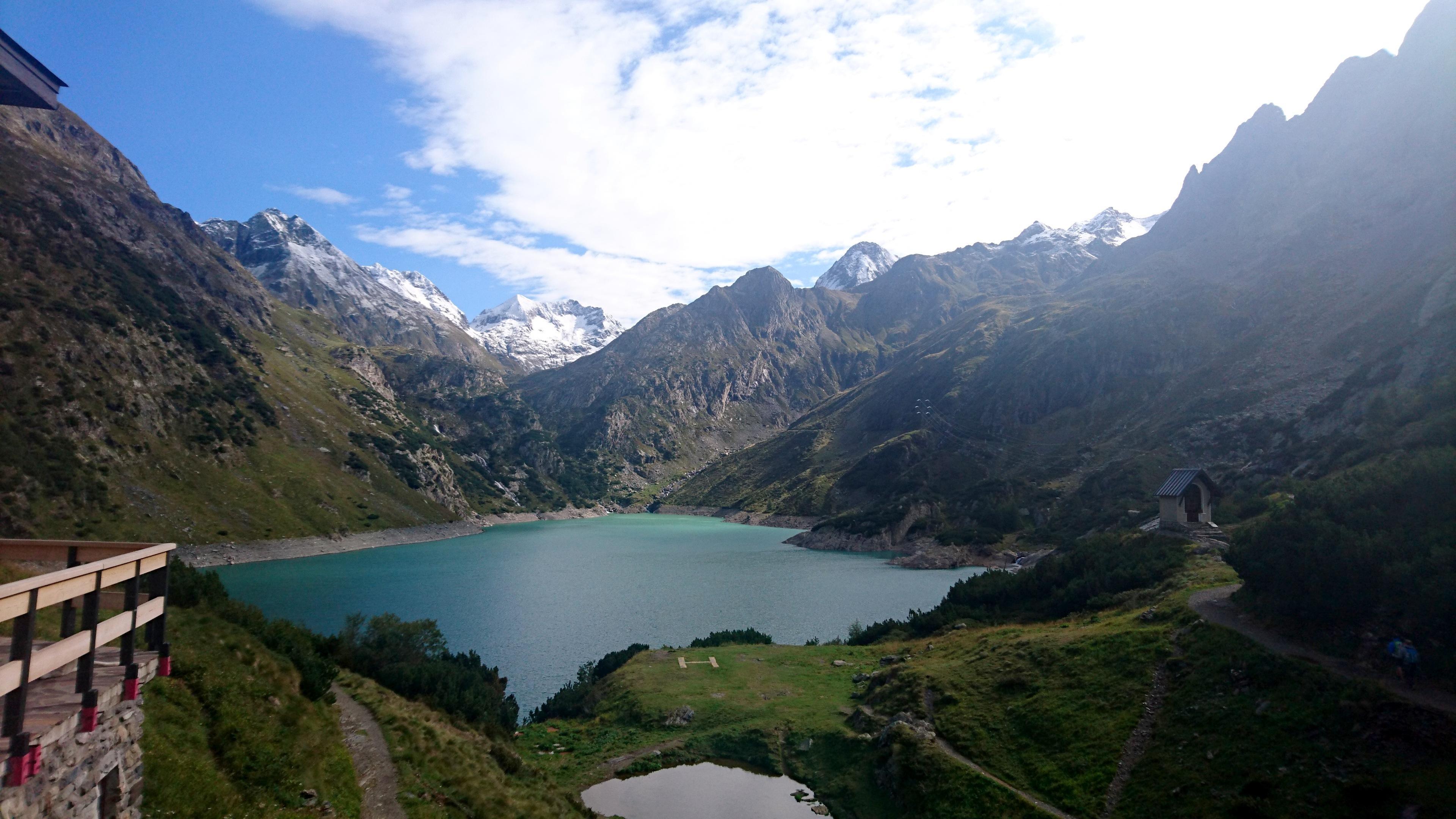 infine, solo il lago, sempre visto dalla terrazza del rifugio
