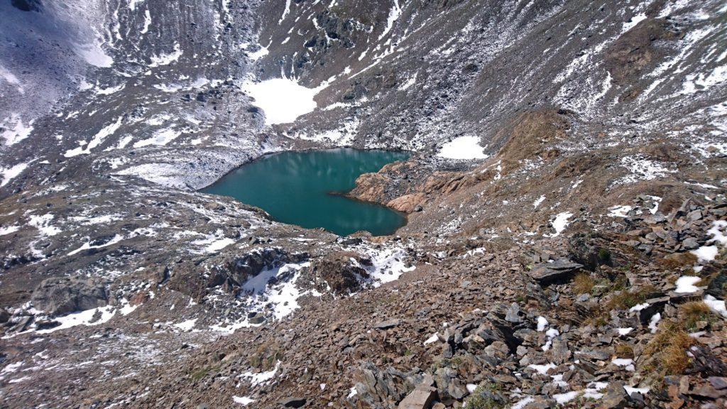 il lago senza nome, da poco a monte sembra un cuore!