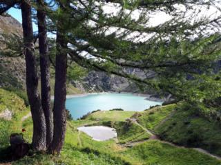 Bella vista del lago artificiale di Barbellino dal rifugio Curò
