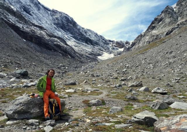 pausa ricreativa sul fondo del lago glaciale ormai estinto