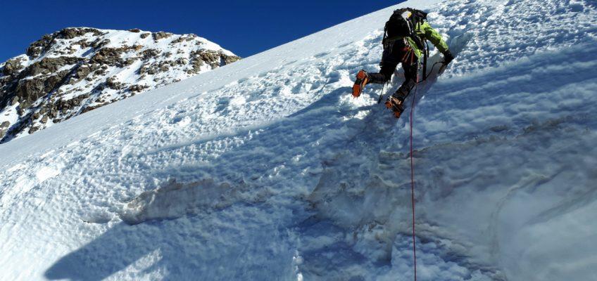 """""""Naso di ghiaccio"""" al Piz Cambrena (3606mt) – tra cattedrali di neve e di ghiaccio"""