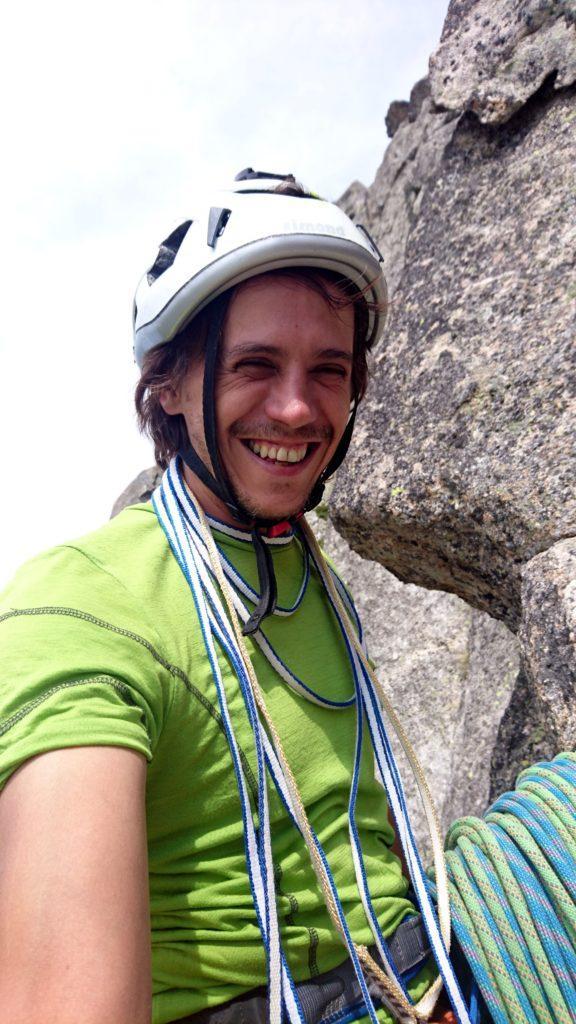 Selfie di sosta finalmente sorridente dopo la strizza della placca precedente