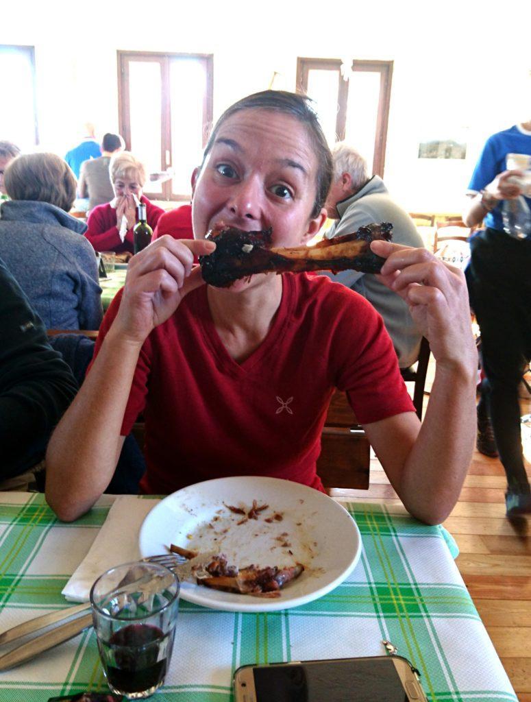 Erica non ha lasciato attaccato neanche un pezzettino di carne... :D