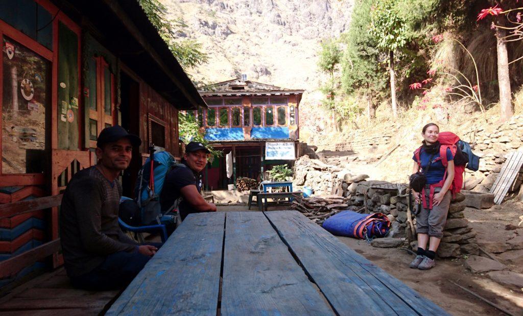 cinque minuti di riposo su una confortevole panchina all'ombra