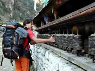 dopo un lungo percorso giungiamo finalmente a Dharapani nel tardo pomeriggio