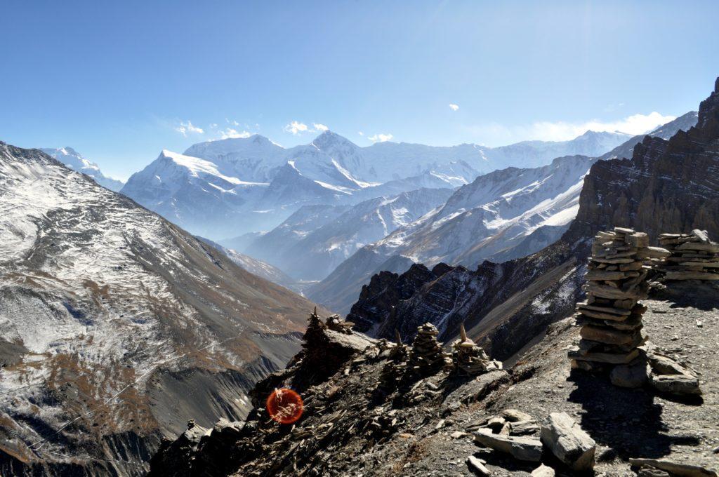 l'Annapurna Range visto dalla cimetta senza nome