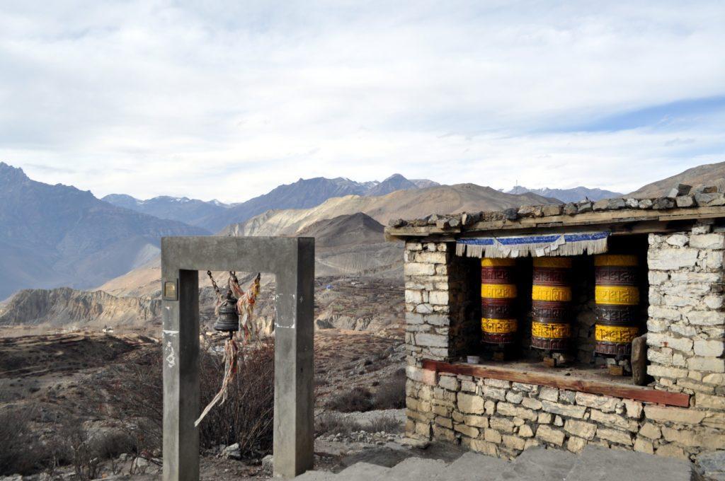 visita al tempio di Muktinath, con le immancabili ruote di preghiera