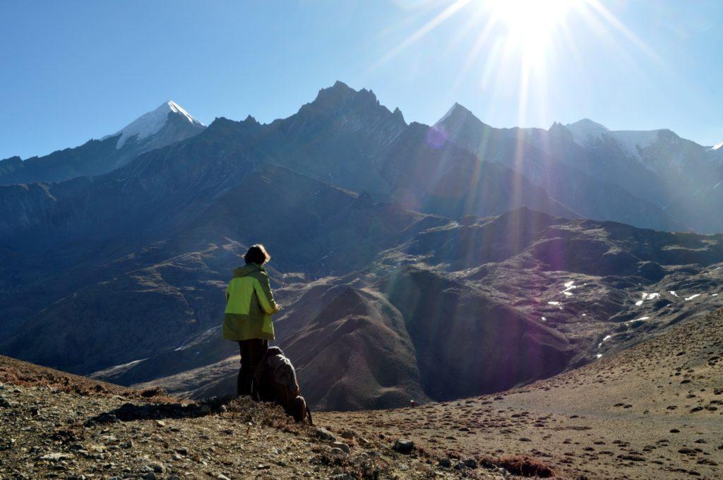 la giornata e eccezionalmente tersa: la catena Himalayana in tutto il suo splendore