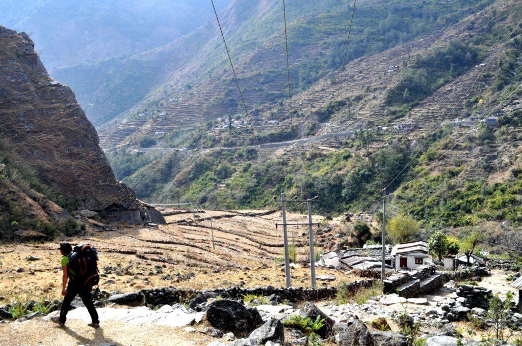 continuiamo a scendere gradatamente, sempre seguendo la valle del Kali Gandaki