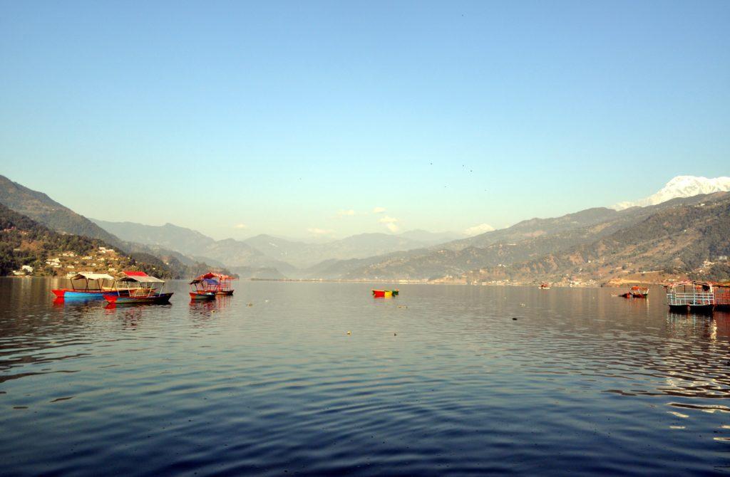 il bellissimo lago di Pokhara (in realtà sono tre laghetti collegati)