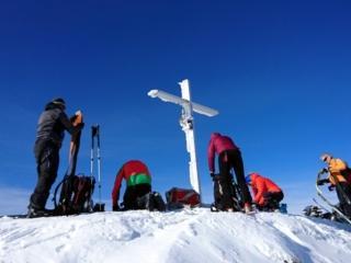 ultimi preparativi ed entro breve saremo pronti a lasciare la nostra scia su questa polvere magnifica