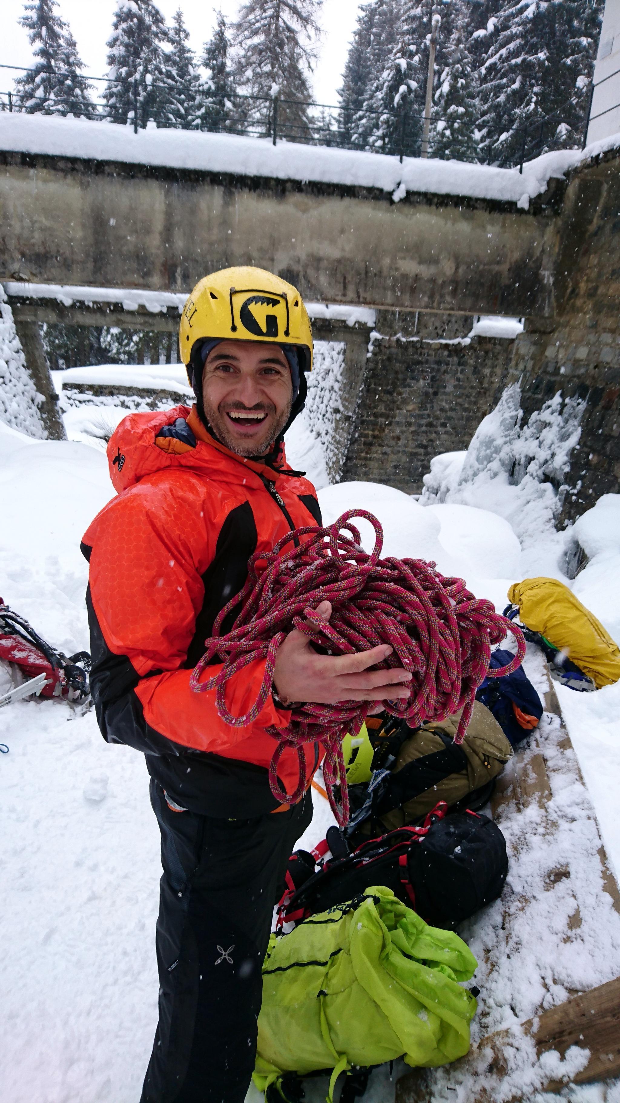 Il Gallo e il suo inguardabile metodo di fare la corda. Shame on him! ;)