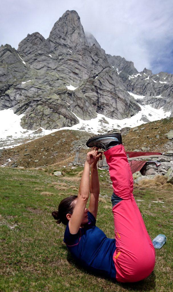 stretching: dopo 1500 metri di salita vivamente consigliato, soprattutto per chi comincia ad avere una certa...