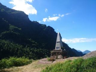 lungo il sentiero che risale la Val Biandino