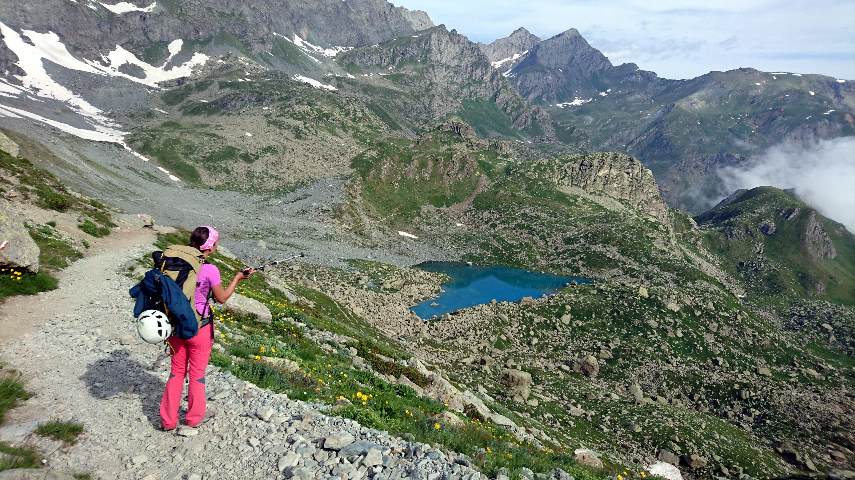 Il lago Chiaretto dal versante opposto rispetto all'andata