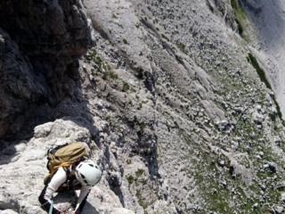 qui c'è un po' di esposizione ma la roccia è davvero ottima e le difficoltà contenute