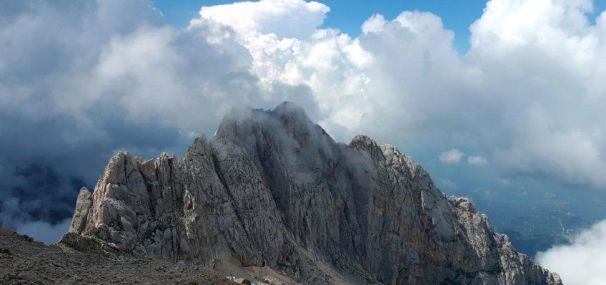 Via Chiaraviglio-Berthelet al Corno Piccolo: arrampicata con vista sul Gran Sasso