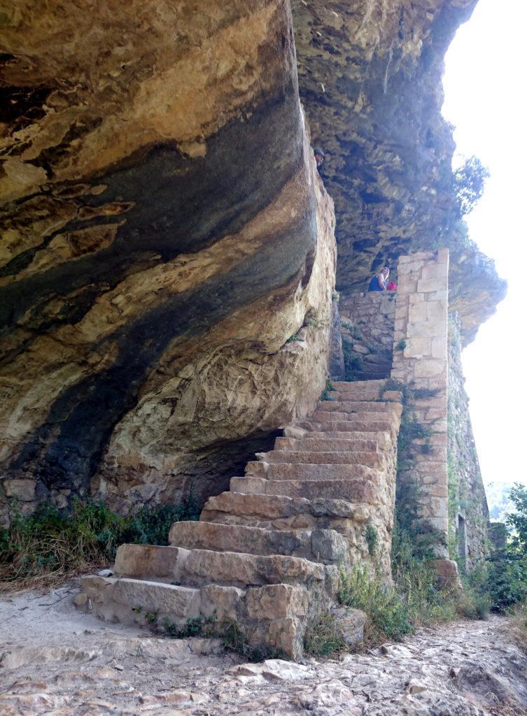 le scale di accesso all'eremo