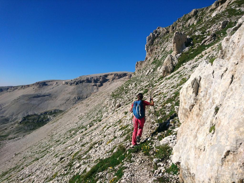 dal Secondo al Terzo Portone si costeggia un tratto (l'unico) di roccette: qui abbiamo avvistato i camosci