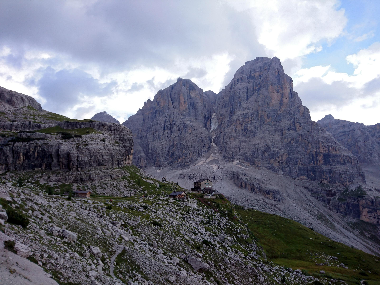 Ciao ciao anche al Brentei e si ritorna a valle per la pappa!!