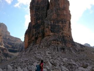 il versante ovest dei Gemelli. Dovevamo scalare loro ma al rifugio ci consiglieranno altro