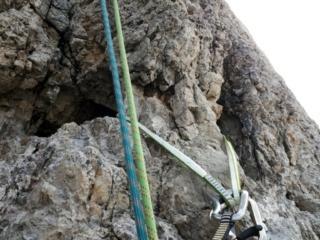 Abbiamo sostato su questa clessidra ma la sosta ufficiale si trova 3-4 metri più in alto