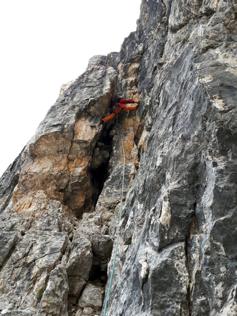 l'ampio e splendido camino del terzo tiro - Via Agostini - Cima Molveno