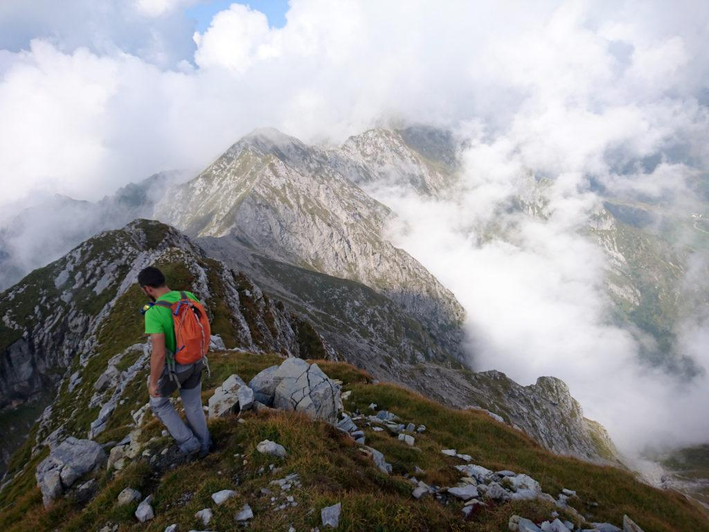partiamo in cresta in direzione del Monte Cavallo che però è parecchio più in là