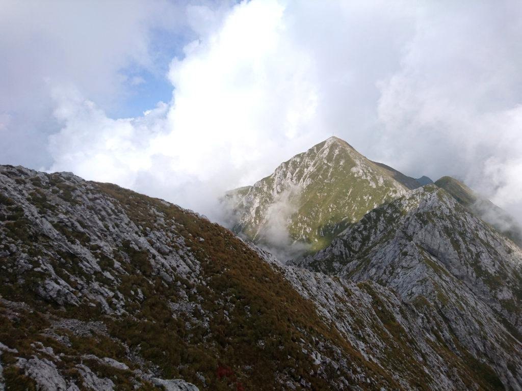Dopo una lunga galoppata vediamo finalmente in lontananza la sagoma del Monte Cavallo