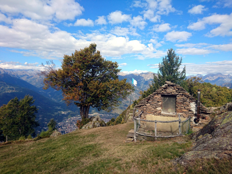 giungiamo all'Alpe Drisoni che è in una posizione davvero splendida