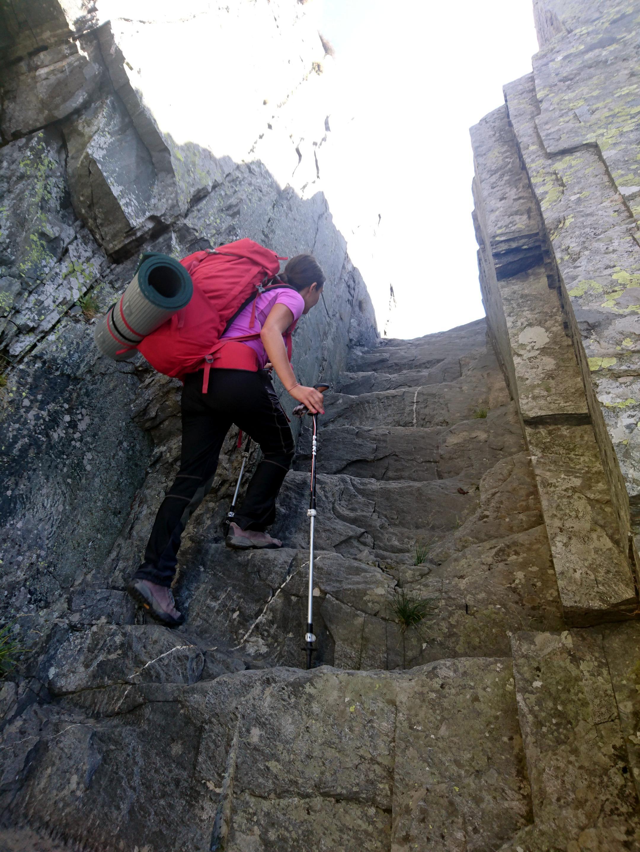 Erica pronta a sbucare in val Grande tramite il passo del Ragozzale