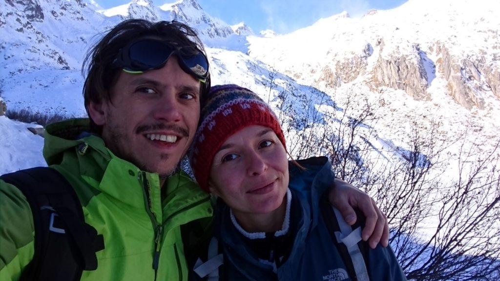 selfie con la cima Cornisello sullo sfondo