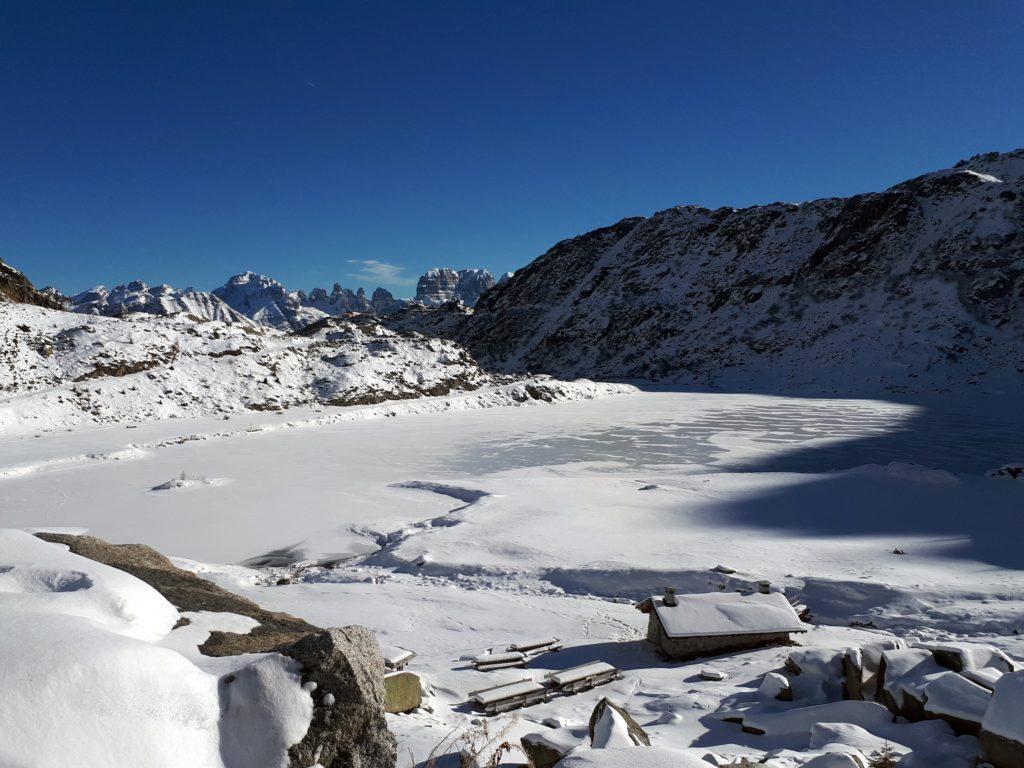 vista sulle Dolomiti di Brenta, Sfulmini, Crozzon, Tosa e Cima d'Ambiez
