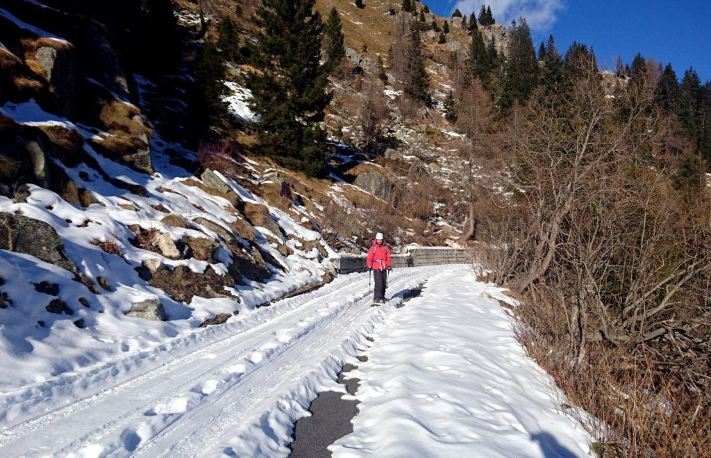 Stefano e la discesa in snowboard: decisamente la parte più pericolosa di tutta la giornata!