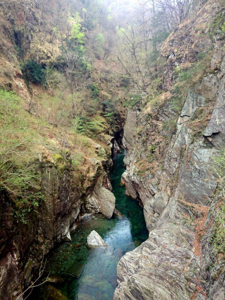 scorcio del Rio Valgrande dal Ponte di Velina
