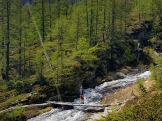 lungo il sentiero per il Lago Inferiore di Paione