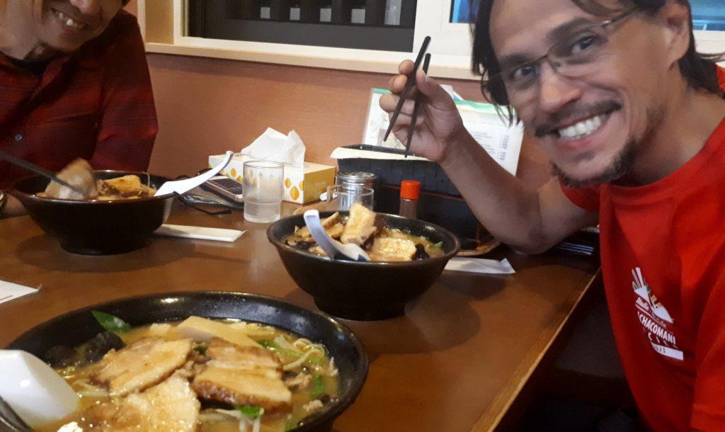 flashback: la cena dei campioni prima della gita, ovvero il miglior Miso Ramen di tutto il Giappone in versione Super Pork!