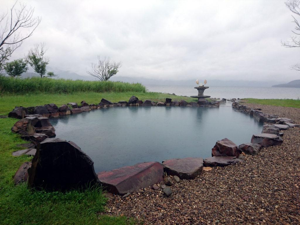 il meraviglioso rotenburo di Ikeno-yu, sul Lago Kussharo
